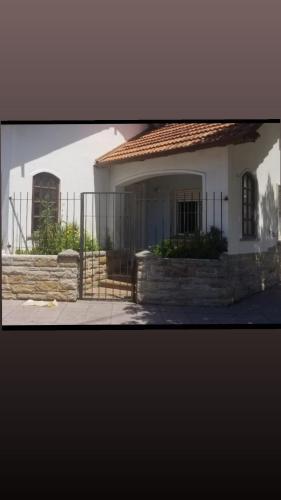 Casa esquina espaciosa., Mar del Plata