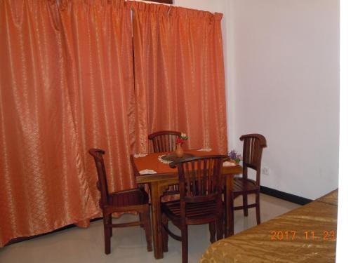 JMF Hotel, Negombo