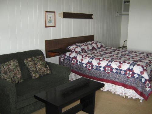 Sleepy Hollow Motel