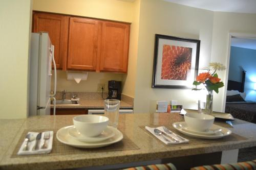 Staybridge Suites Peoria Downtown