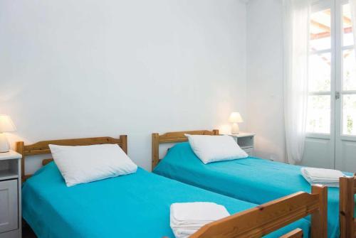 Skopelos Villa Sleeps 5 Air Con WiFi, Skópelos