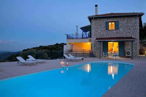 Neochori Villa Sleeps 4 Air Con WiFi, Neochórion