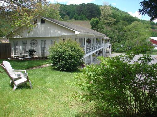 Hearth & Home Inn - Maggie Valley