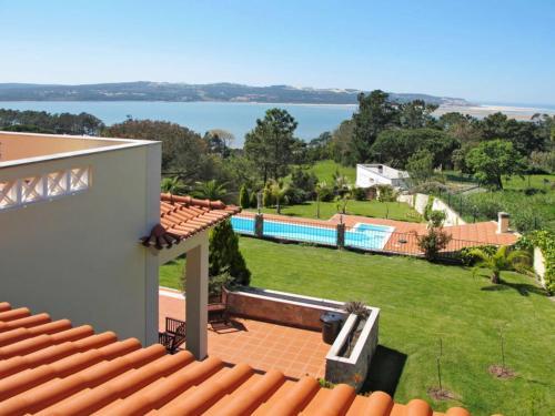 Nadadouro Villa Sleeps 10 Pool WiFi