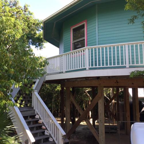 Private Treehouse in Elbow Cay, Hopetown, Lubbers Quarters Cay