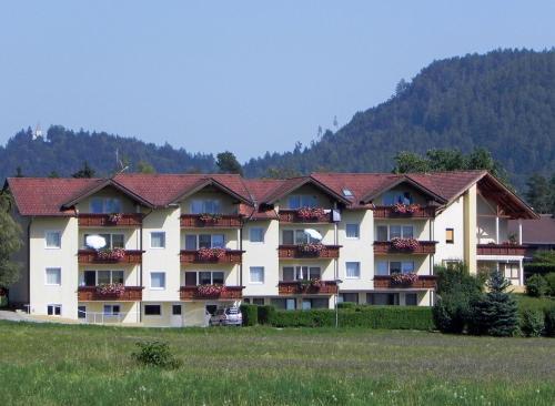 Haus Sonnhügel - Apartment mit 2 Schlafzimmern mit Balkon