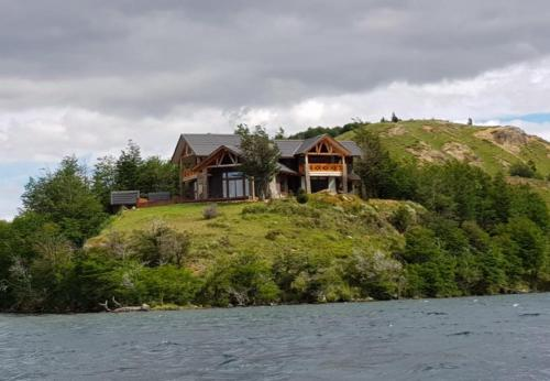 Casa HOM con Piscina Temperada en Lago Castor