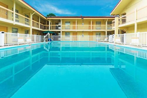 Picture of Days Inn Jacksonville Baymeadows