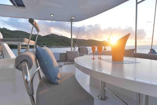 NESI Luxury Catamaran, Eden Island