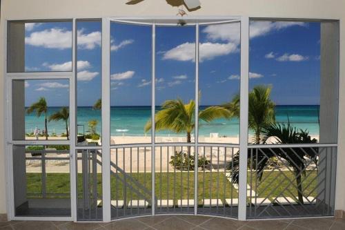 South Bay Beach Club Villa #4, Brinkleys