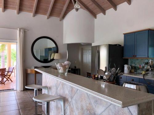 Villa Moonbeam, Barnes Ghaut