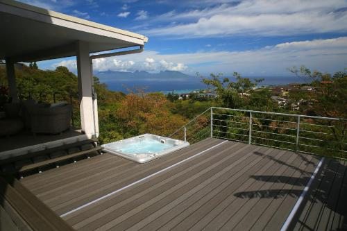 Ocean view & spa, Punaauia