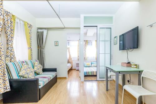 Lung Ma Apartment, 香港