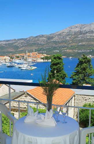 Special Offer - Double Room with Sea Side Balcony - Transportation from Dubrovnik