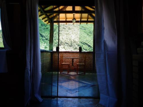 Suíte master próxima a Cachoeira do Arco-Íris.