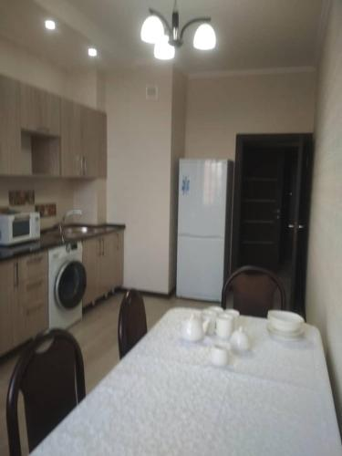 Apartment on Frunze 430, Bishkek