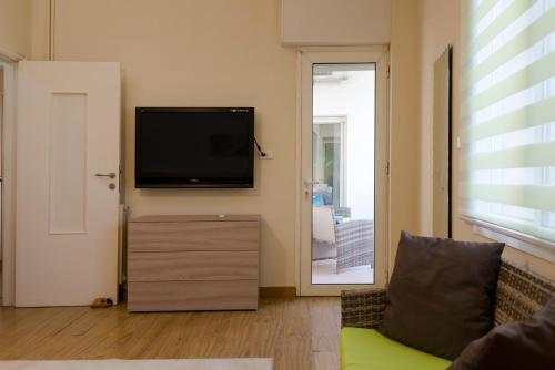 Pasteur 2BD Spacious Apartment, Beirut