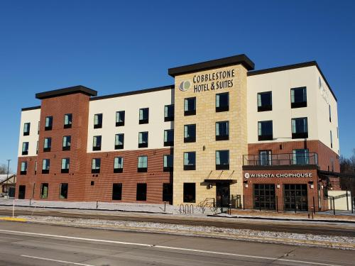Cobblestone Hotel and Suites Appleton International Airport