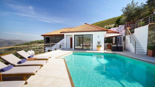 Gouvaes Villa Sleeps 6 Pool Air Con WiFi