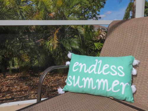 Endless Summer, Rotunda-West