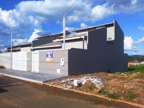 Temporary House Trindade