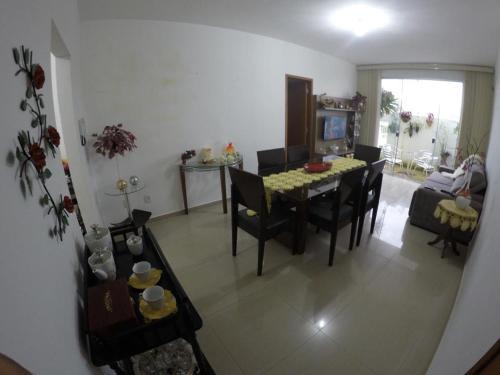Aconchegante e novo apartamento com vista para a Serra