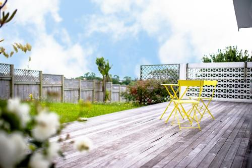 Cozy Family Home\up to 12p \amenities & reserve, Auckland