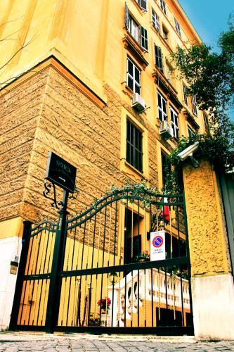 Picture of Vatican Garden Inn
