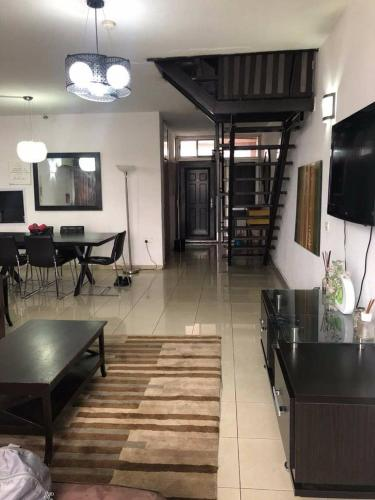 1004 Federal Housing Complex Road, Lagos