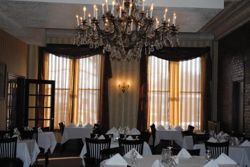 Hotel Wayne Honesdale Pa United States Overview Priceline
