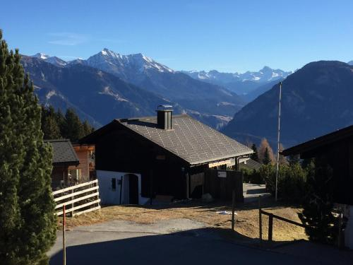 Haus Piz Kesch, 191D Oberurmein