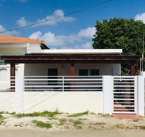 Aruba Roks Apartments, Savaneta