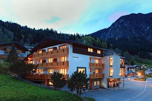 Pension Bergkristall - Apartment mit 1 Schlafzimmer und Balkon