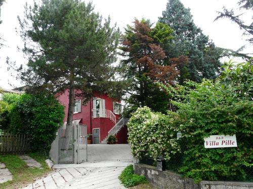 foto Villa Pille (Volta Mantovana)