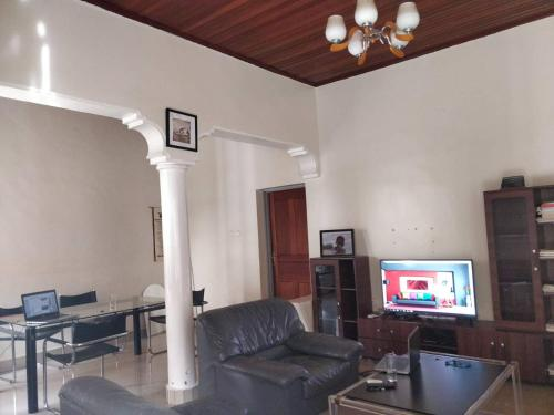 Peaceful Home (Room 1), Kigali