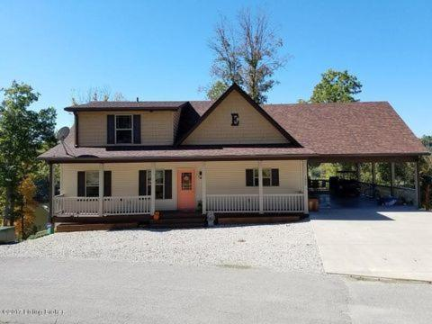 Beautiful large lake front home on Rough River Lake, KY