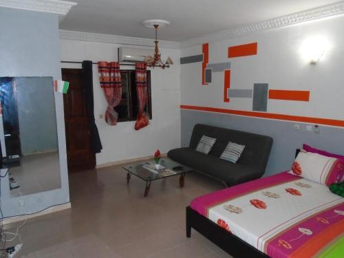 Studio Angre 7e tranche, Abidjan
