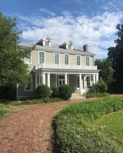 Clark House Inn