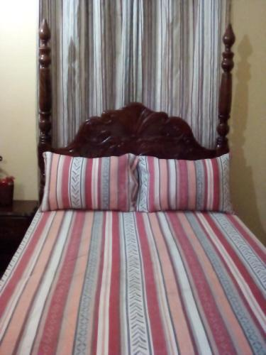 NADY'S COZY COMFORT, Spanish Town