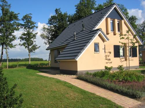 't Gaasterhuis front view