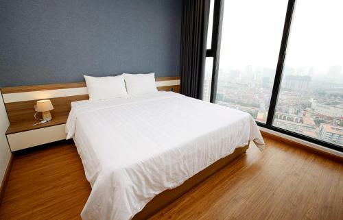 Ney's Luxury 2BR Apt @29LieuGiai, Hanoi