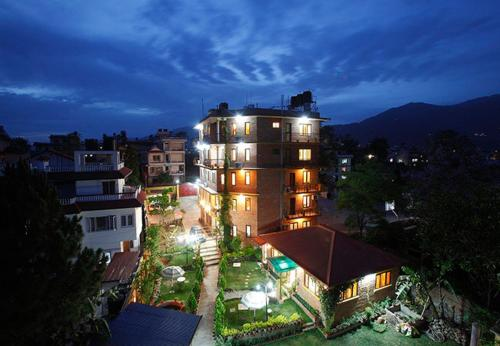 Royal Sands Hotel, Dharampur
