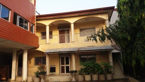 Hotel Ile John, Douala
