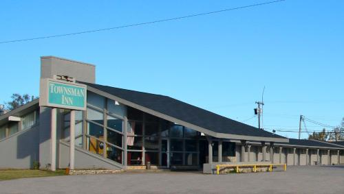 Townsman Inn