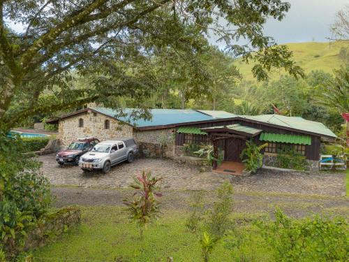 Malekus Mountain Lodge, Aguas Claras