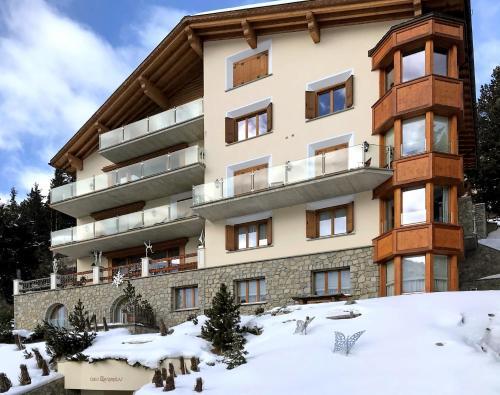 VISIONAPARTMENTS Villas & Luxury Homes St. Moritz, Sankt Moritz