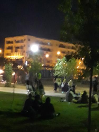 bel appartement T3 ( akid lotfi ) oran , + wi-fi, Wahrān