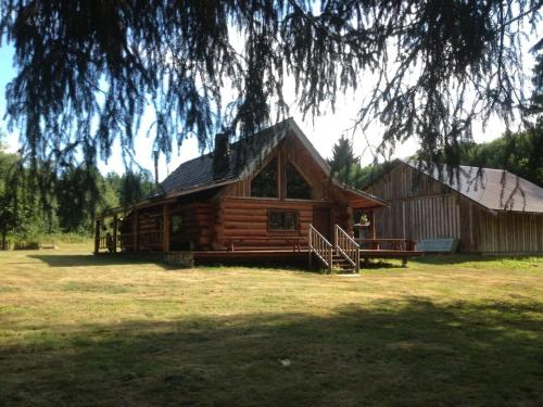 South Fork River Lodge