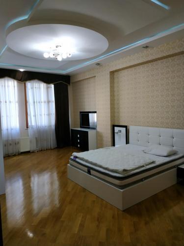 Дом 63, Baku