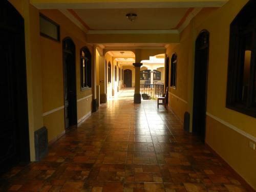 hotel villa los arcos, Panajachel